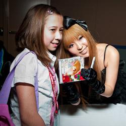 RMMS-Live-Event-DAZZLE-VISION-Sakura-Con-2010-fans