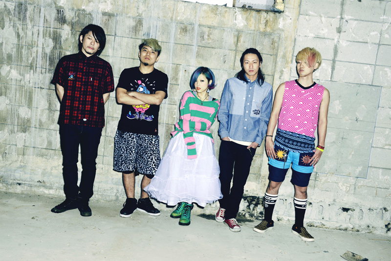 RMMS-TRIAMPERSANDY-JRock247-interview-2013-05