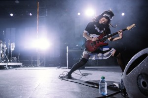 RMMS-BAND-MAID-KOMO-News-201603-5