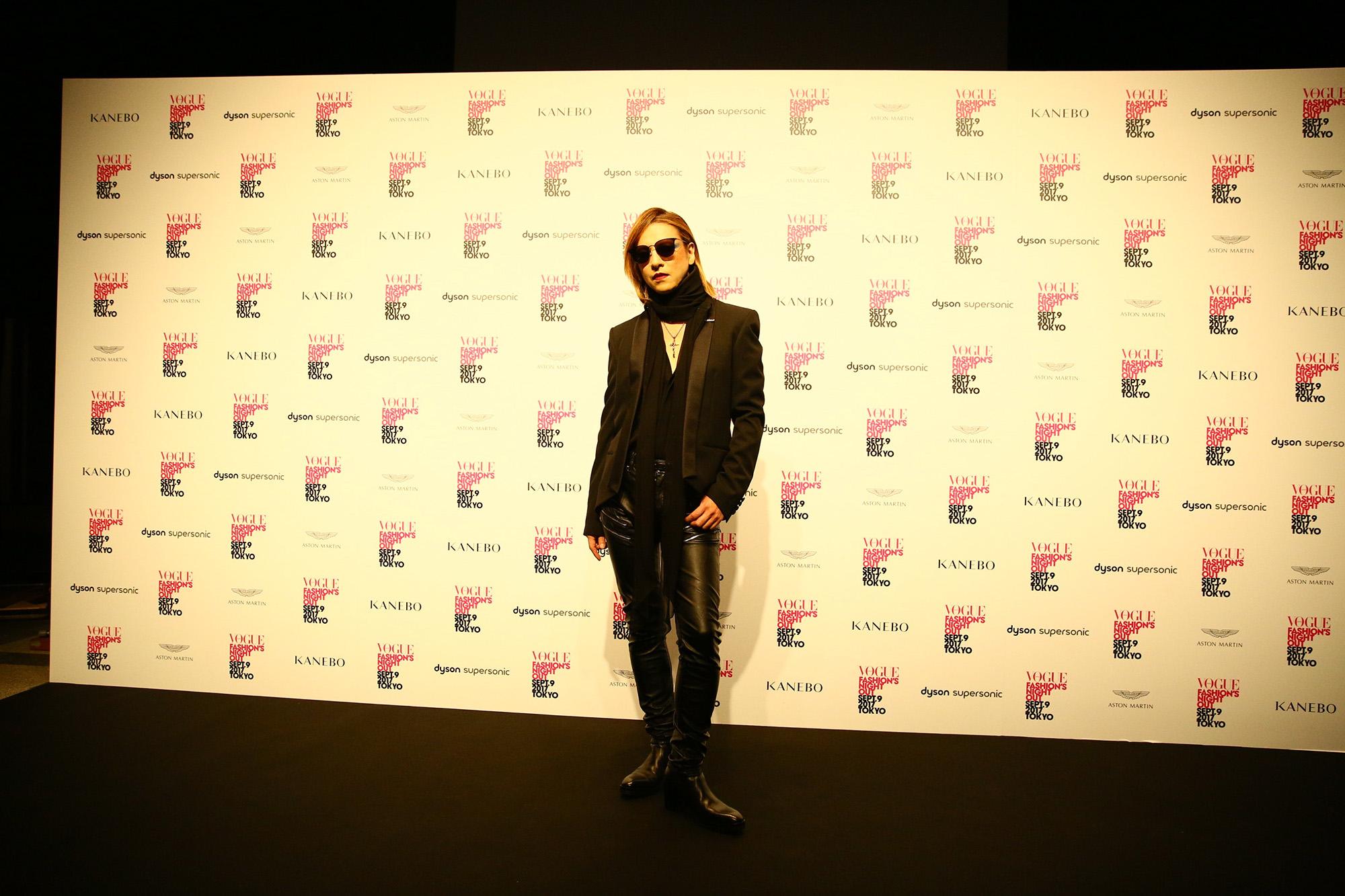 RMMS-Yoshiki-Vogue-Fashion-Night-Out-Japan-2017-0215