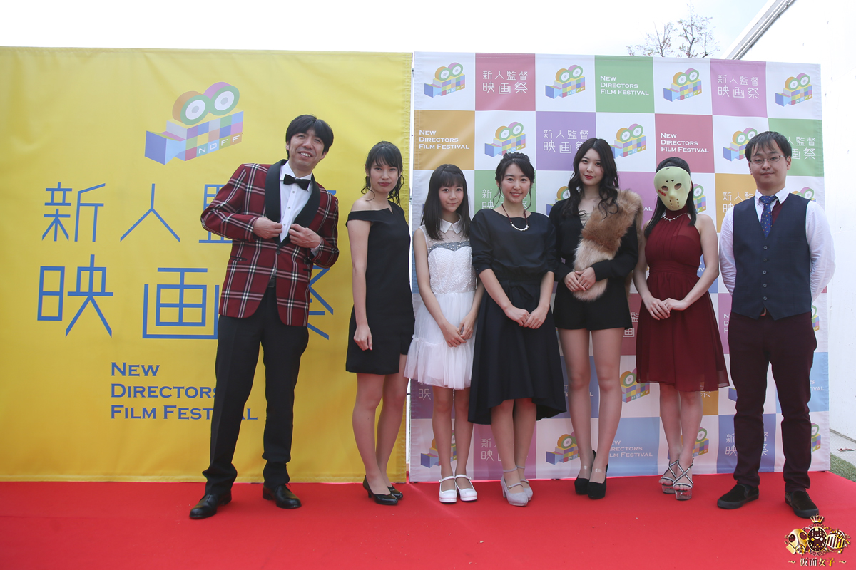 RMMS-Erina-Kamiya-Umi-ni-nose-ta-Gazu-no-yume-red-carpet-2017-11-11-10