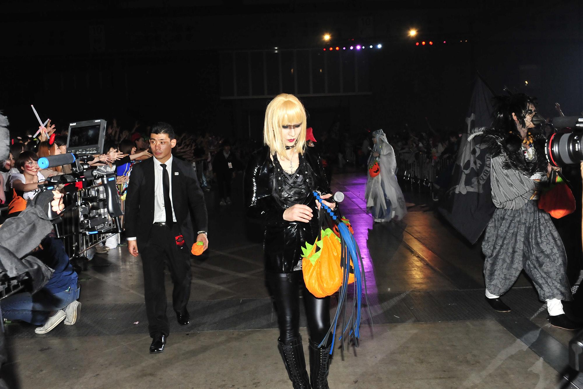 RMMS-Yoshiki-Hyde-Halloween-Party-2017-B6456