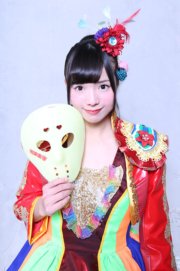 RMMS-Kamen-Joshi-3-million-Facebook-2-Anna-Tachibana