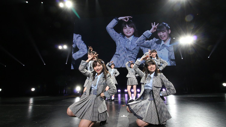 RMMS-Anisong-World-Matsuri-2018-06-AKB48-Team-8